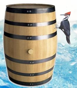picapau descendo cataratas em um barril