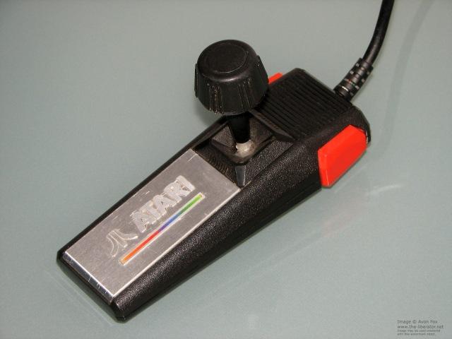 Atari-2600-7800-Joystick-Pro-001